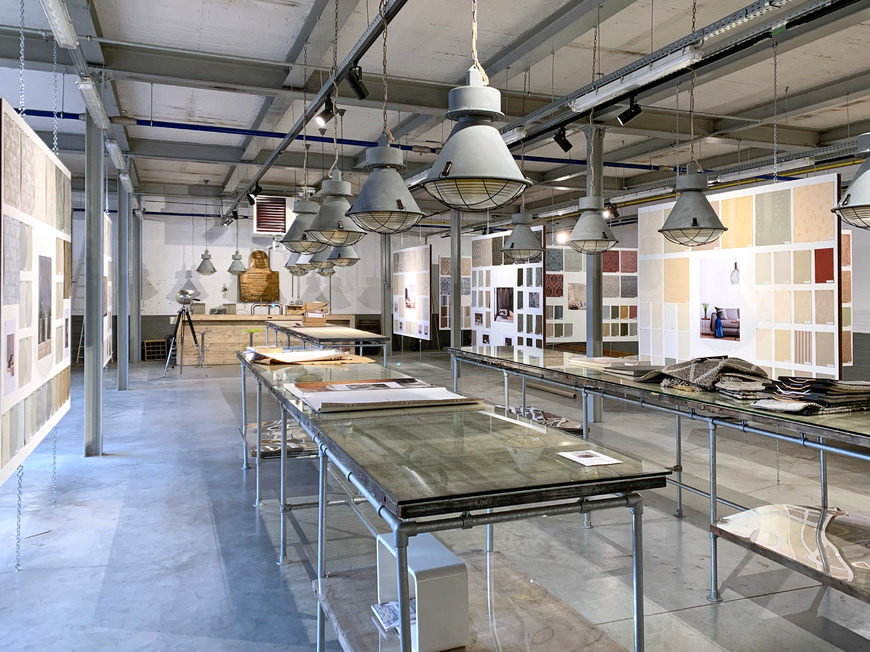 A factory and concept store based in the oldest weaving mill in Belgium.