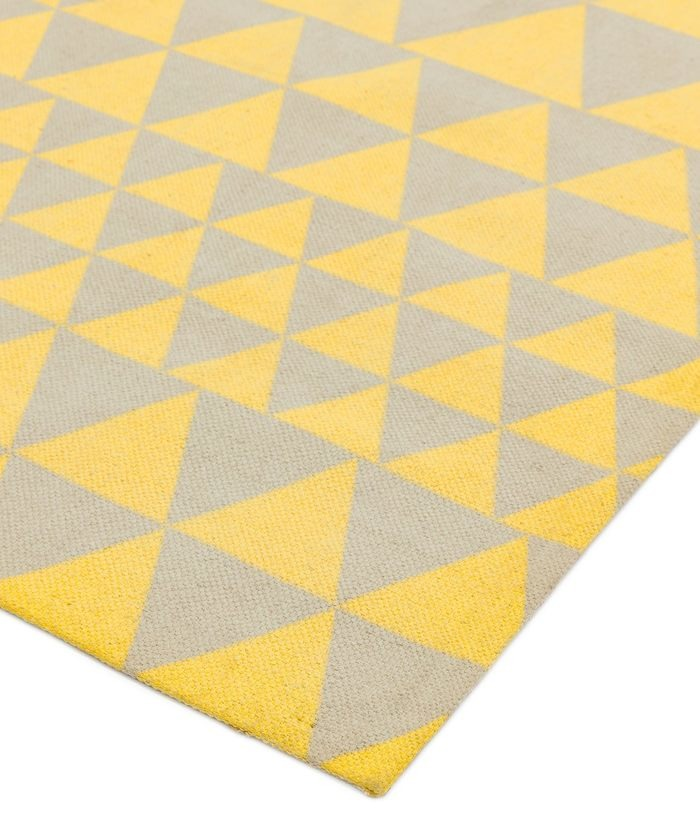 Onix-Rug-08-Triangles-Yellow